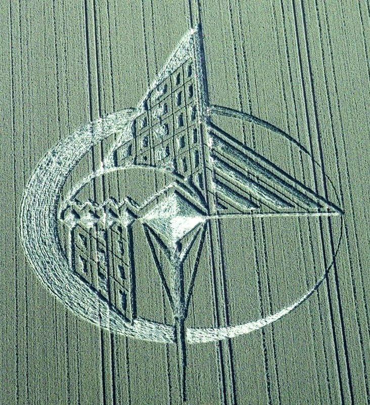 crop circle 2013 wiltshire UK July