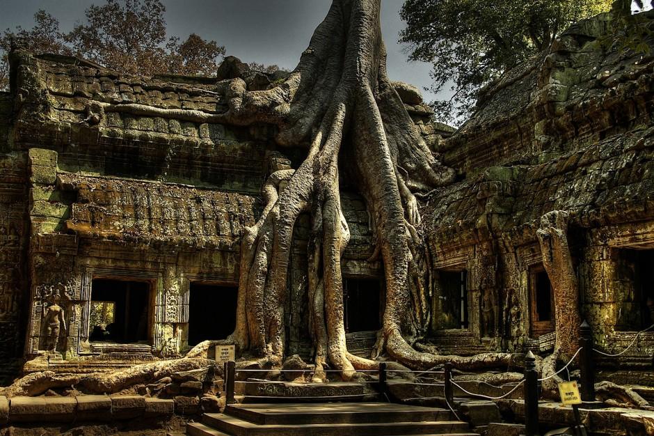 Ta-Prohm-Siem-Reap-Province-Cambodia-940x626